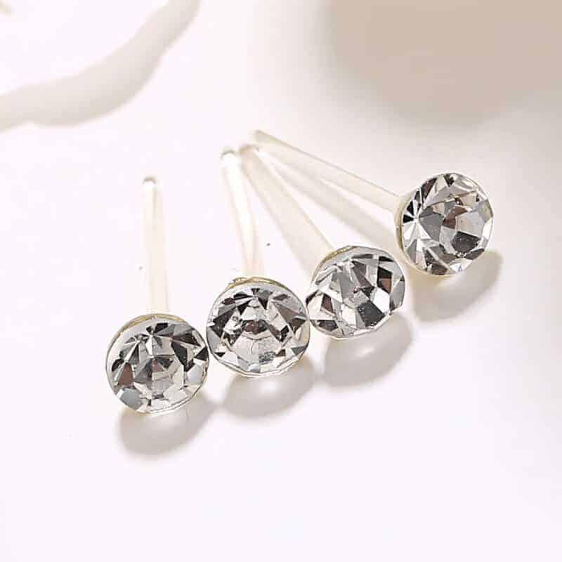 Beli kristalni uhani - 1 par 1