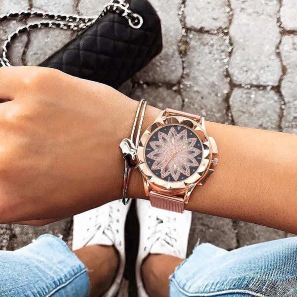 ženska ura s kristali 2019