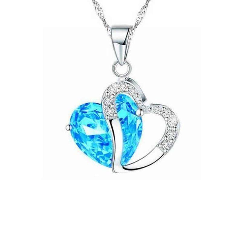 ženska verizica s srcem in diamanti
