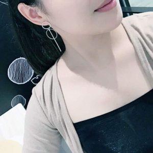 ženski uhani srebrna barva trendni