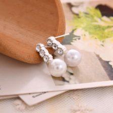 biserni uhani srebrne barve za ženske