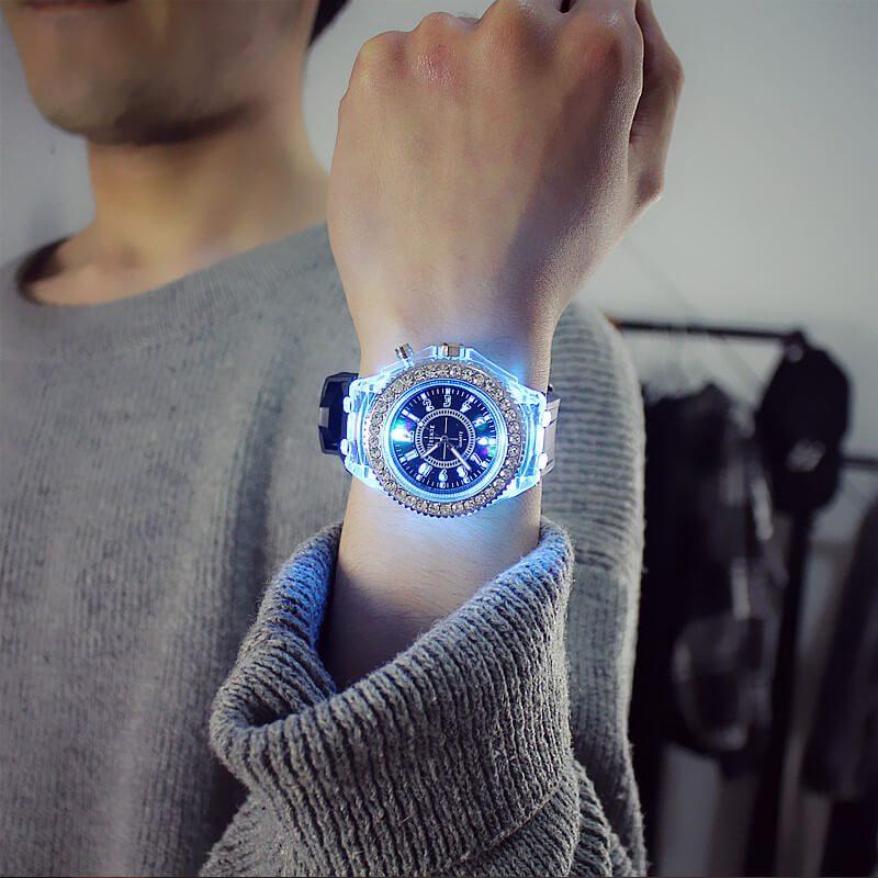 diamantna ura moderna