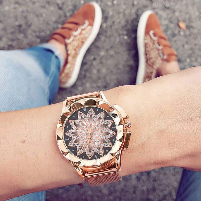 ročna ura za ženske diamantki