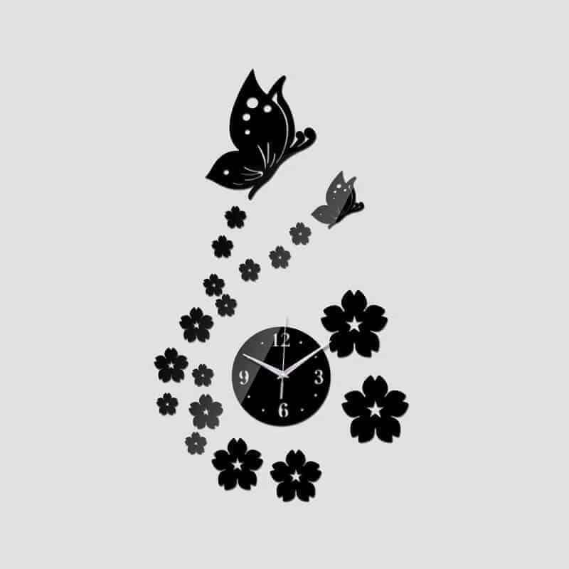 Stenska ura z rožicami in metuljčki 1