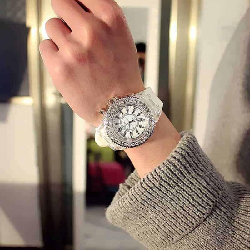 Ročna ženska ura z diamanti in s svetlobnimi lučmi 6