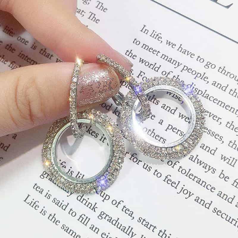 uhani srebrni z diamanti moderni