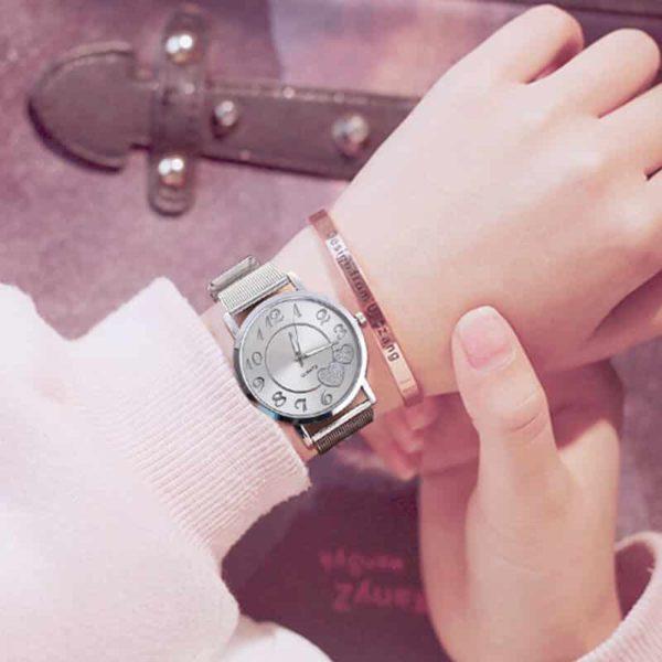 ženska ročna ura elegantna srebrna