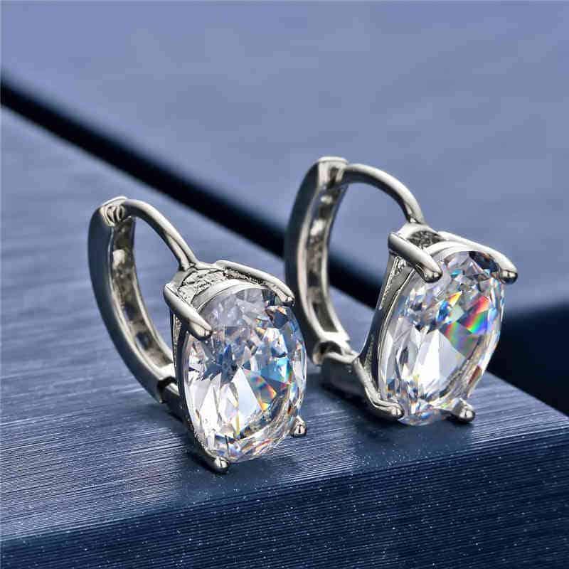 ženski kristalni uhani v srebrni barvi
