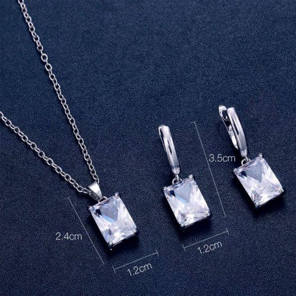 Srebrni uhani z verižico s kristalom