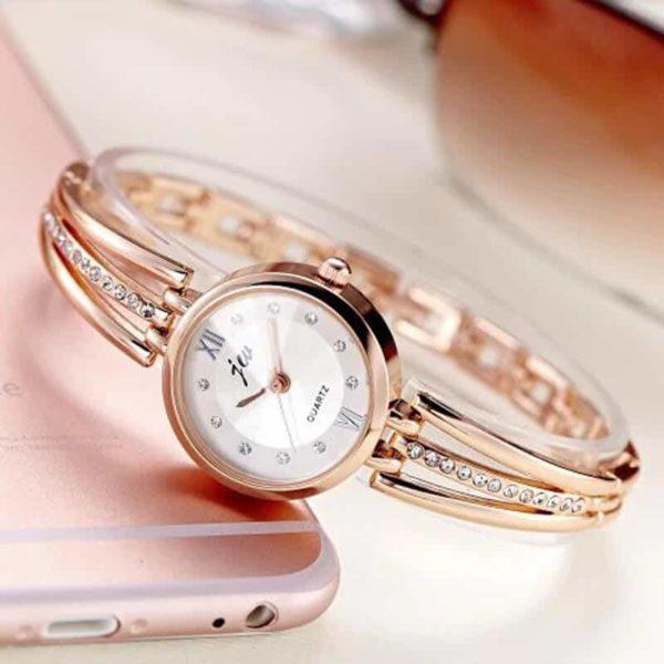 diamantna ročna ura za ženske