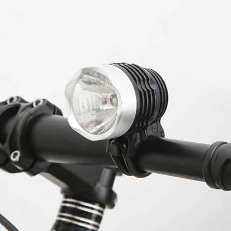 Luč za kolo - Q5 LED 3 funkcije - Vodoodporna 2