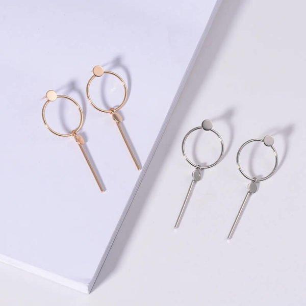 modni uhani za vsako žensko srebrni