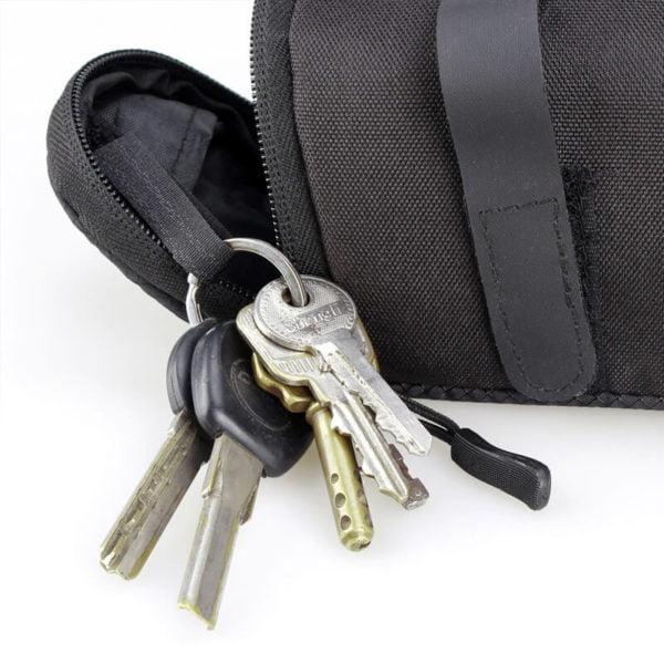 torbica za kolesa z nastavkom za ključe