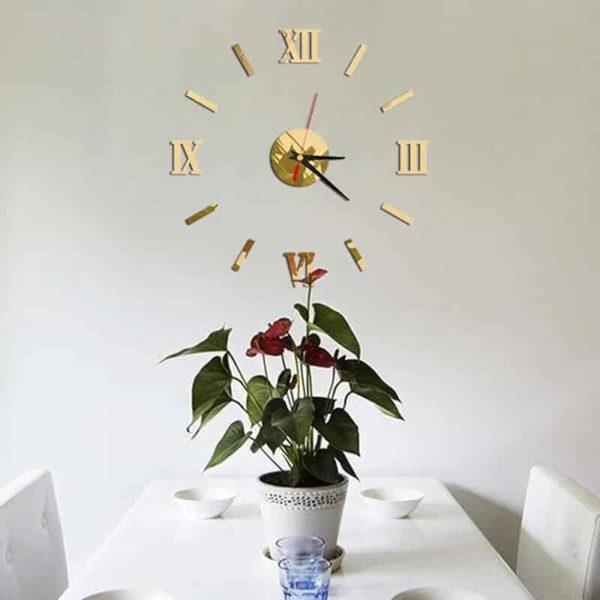 3d stenska ura z rimskimi številkami rumene barve