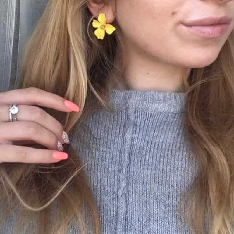 Ženski uhani v obliki rože - Več barv 3