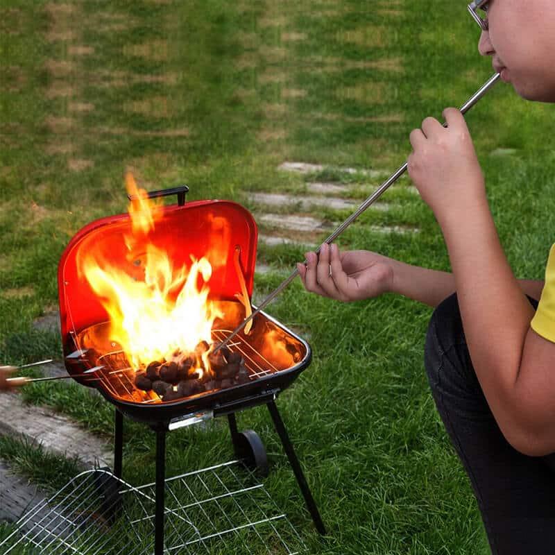 puhalnik zraka za prižiganje ognja