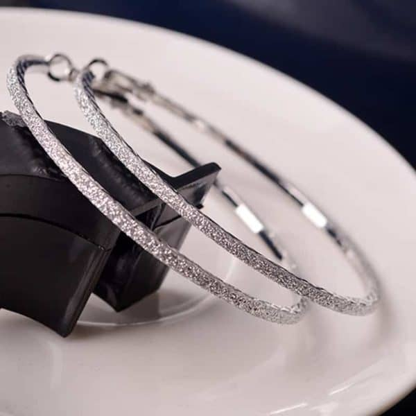 srebrnu uhani moderni okrogli z blešćem