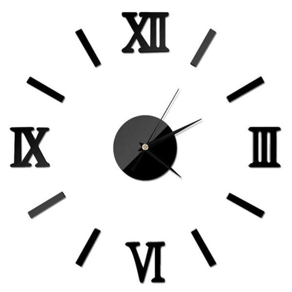 stenska ura črne barve z rimskimi številkami