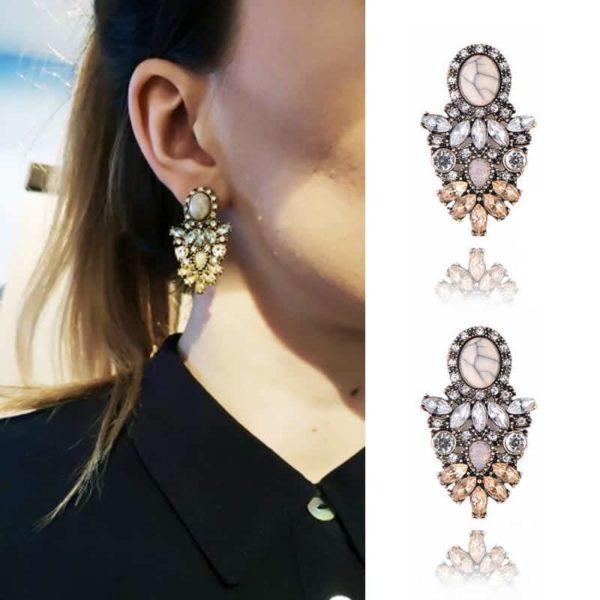 uhani iz kristala modni elegantni v obliki sovzice z velikim diamantom