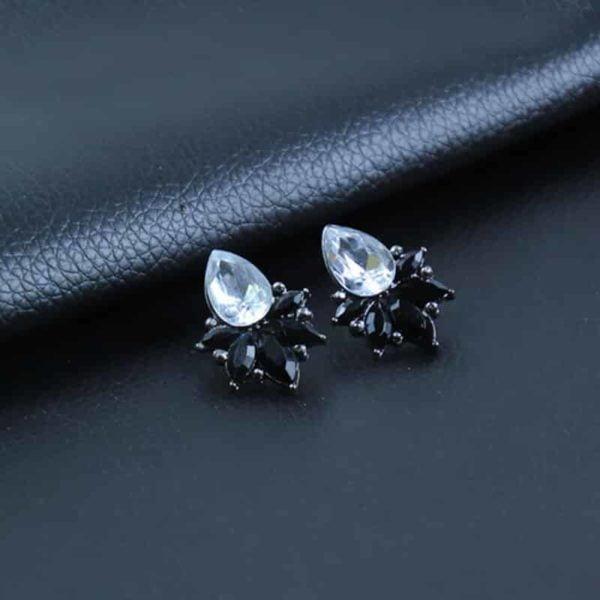 uhani kristalni črne barve z velikim kristalom