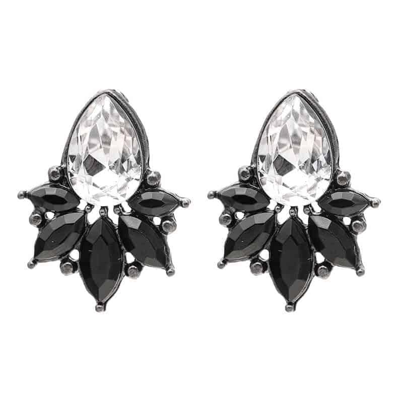 uhani s srebrnim diamantom in črnimi kristali