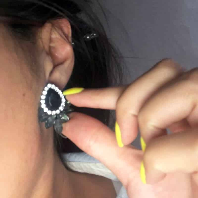 Uhani z diamanti in kristali - Oblika solze - Črna barva 5