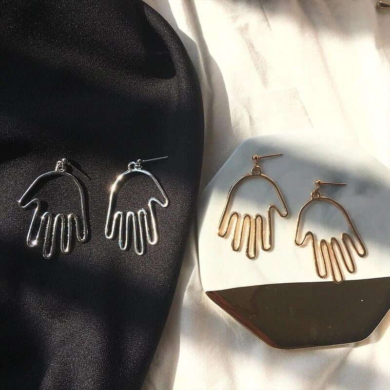 Viseči srebrni uhani v obliki roke - Srebrna barva 1