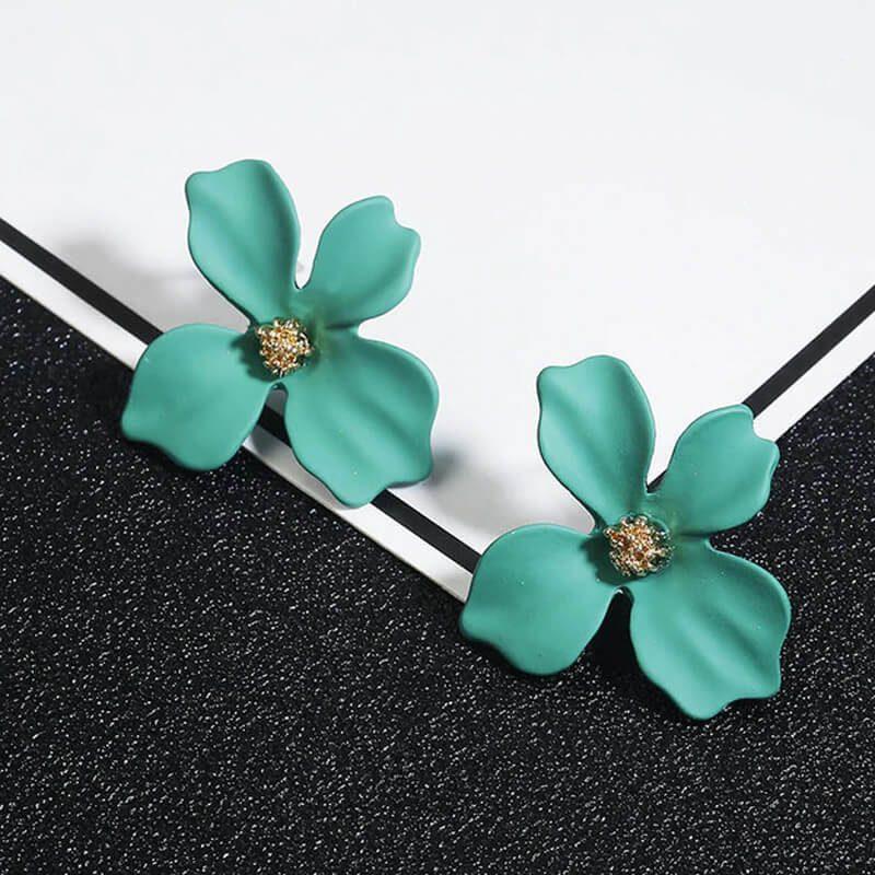 zeleni uhani v obliki rože modni