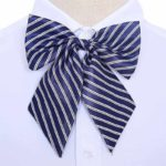 Ženski metuljček - modro bela kombinacija