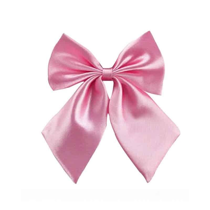 Ženski metuljček roza barva