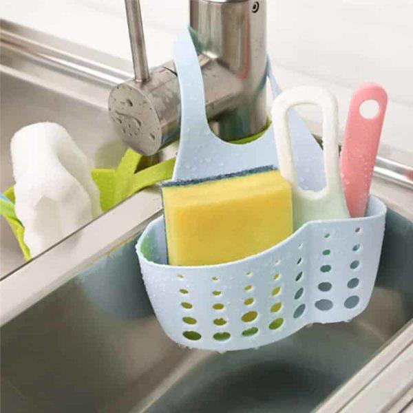Držalo za kuhinjske čistilne pripomočke