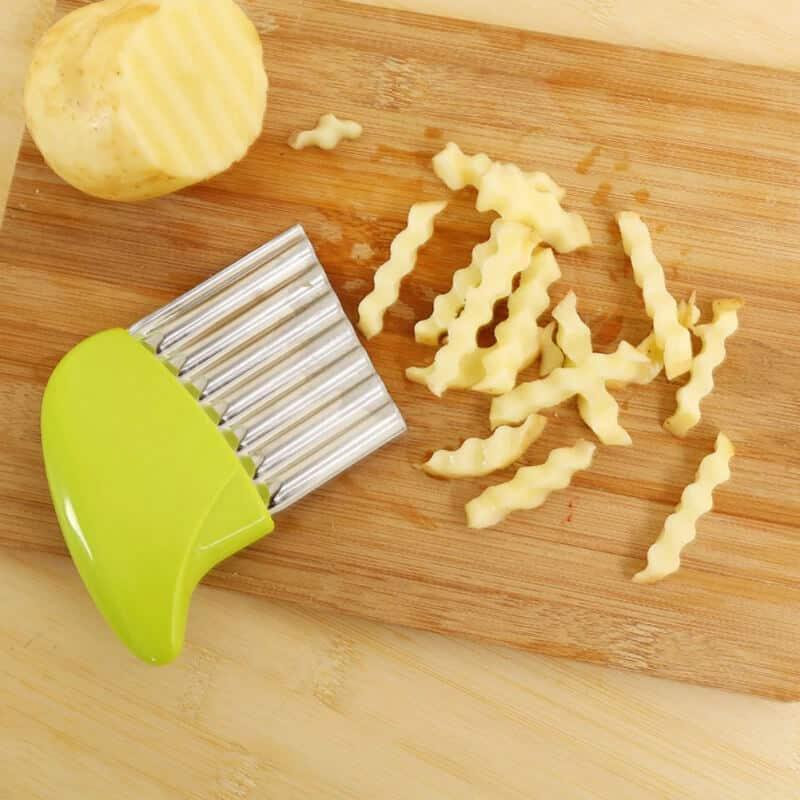 Nož za rezanje krumpira zelena barva