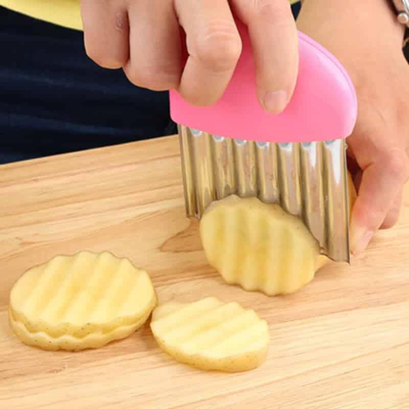 Nož za rezanje krumpira