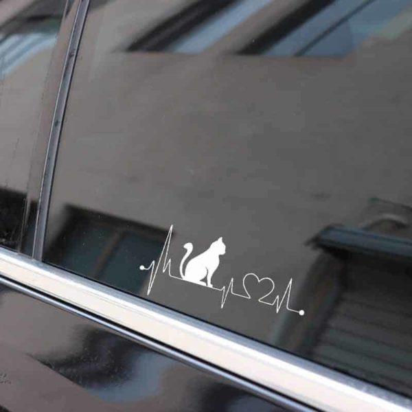 nalepka na avtomobilu bitje srca in mačka