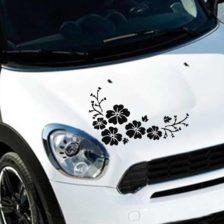 nalepka na sprednjem delu avtomobila v obliki rož