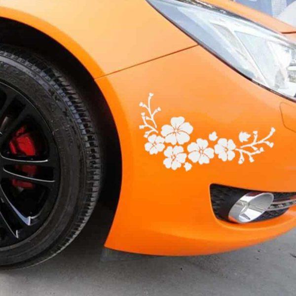nalepka za avto bele barve v obliki rož