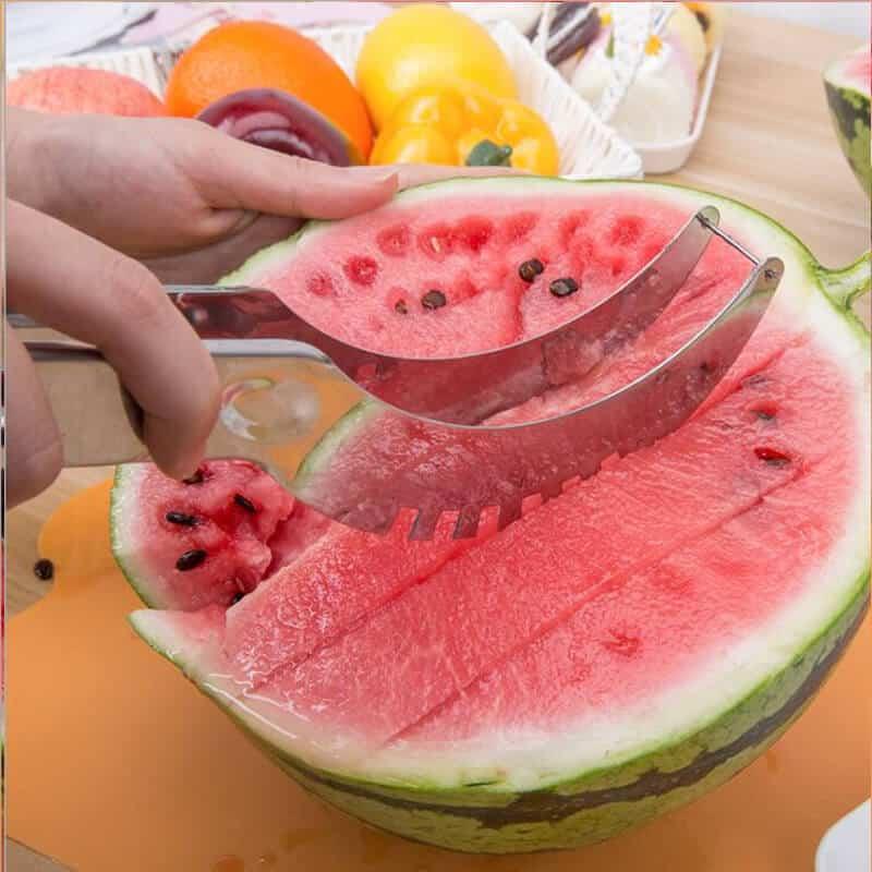 pripomoček za rezanje lubenice
