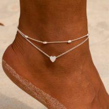 zapestnica za nogo s srcem srebrna barva