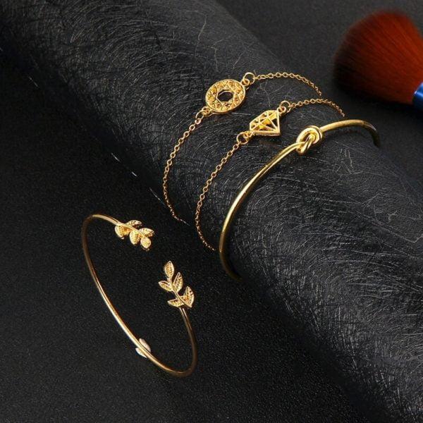 zapestnice zlate za žensko različnih oblik