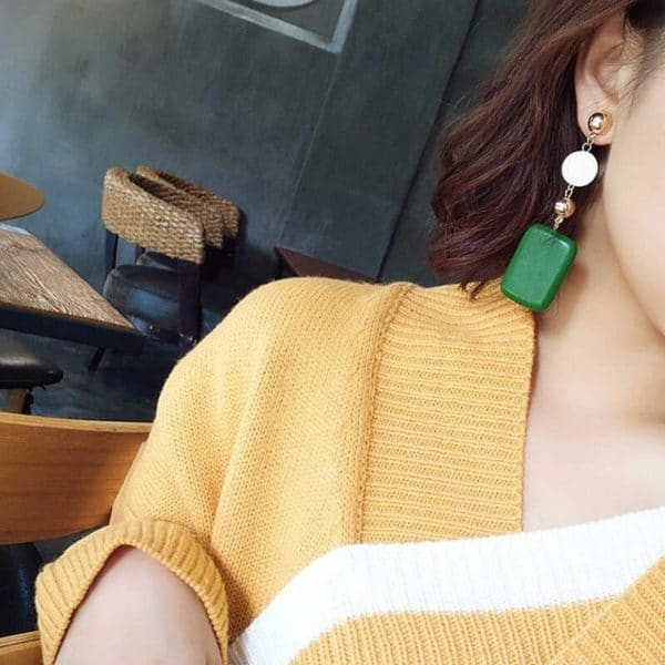 Leseni viseči uhani pravokotna oblika zelena