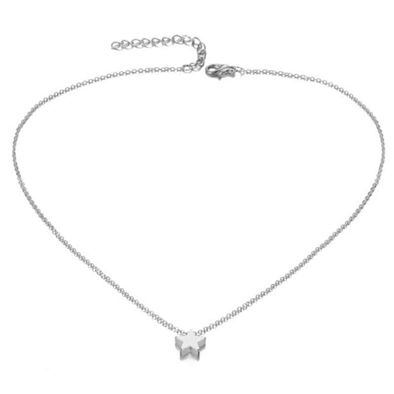 Srebrna ogrlica z obeskom zvezde