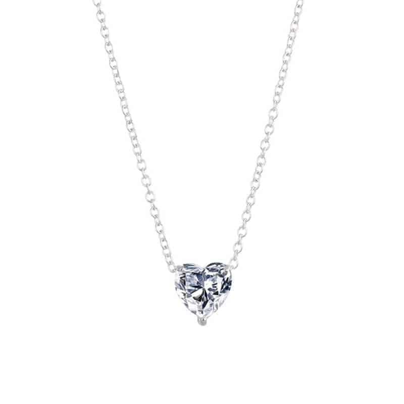 Verižica z obeskom dijamantnega srčka