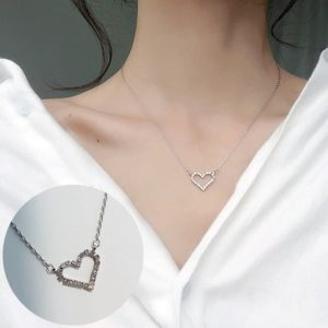 Verižica z obeskom srčka z dijamanti