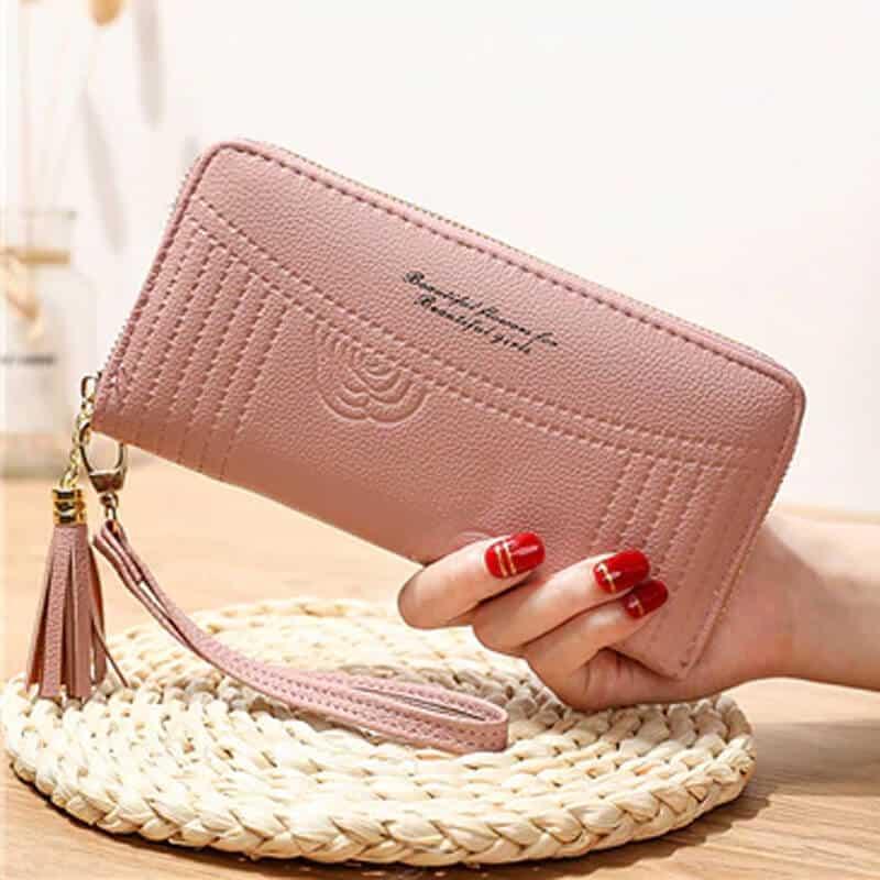 Ženska denarnica iz usnja z natpisom roza barva