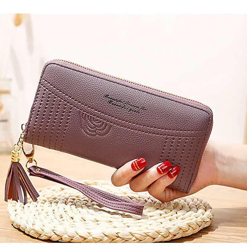 ženska denarnica iz usnja z natpisom vijolična barva