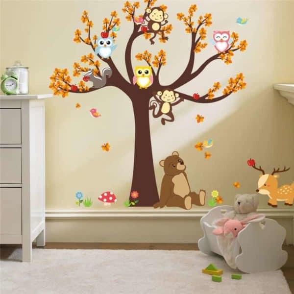 Stenska nalepka drevo in živali
