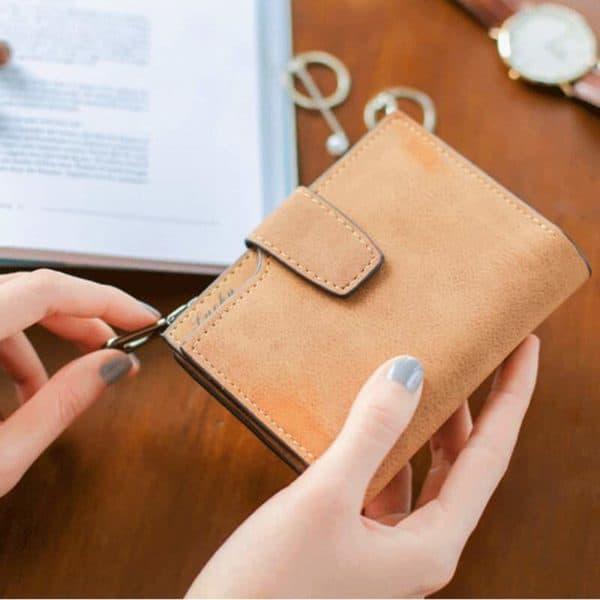usnjena denarnica rjava za ženske