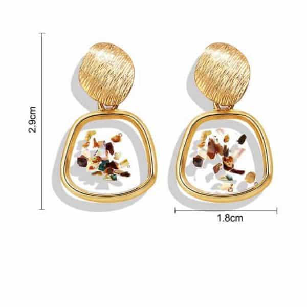 Viseči uhani z unikatni detajli nepravilna oblika velikost