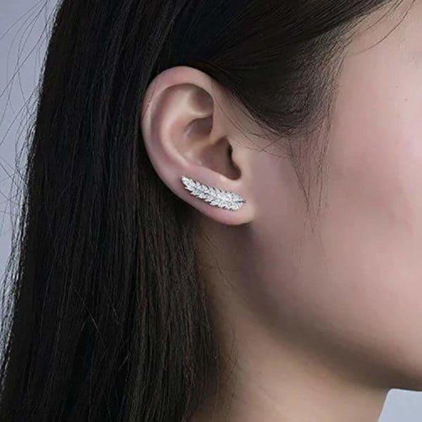Vtični uhani v obliki lista