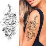 ženski začasni tattoo